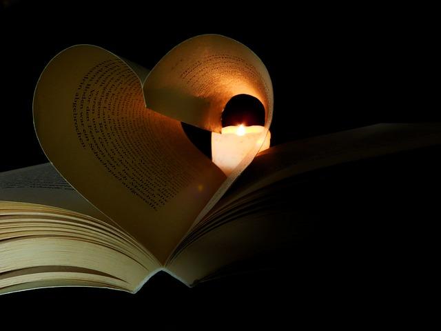 book-2135815 640