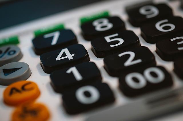 calculator-820330 640