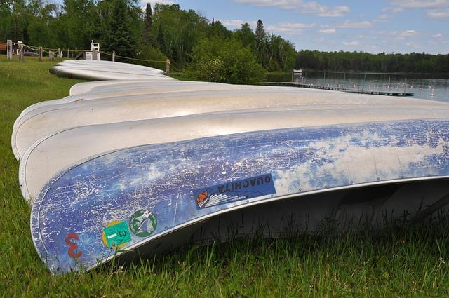 canoe-1769118 640