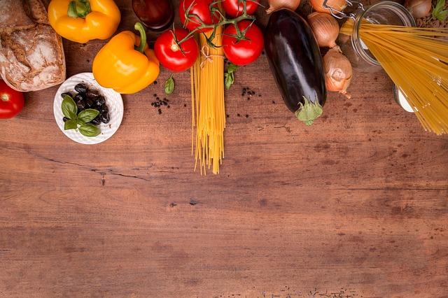 mediterranean-cuisine-2378758 640